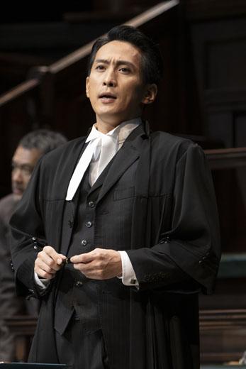 検察側の証人・成河